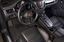 Porsche Macan S - Coco #53 Black and Grey