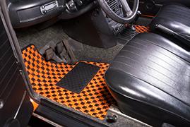 BMW 2002 - Chequers #106 Black and Orange