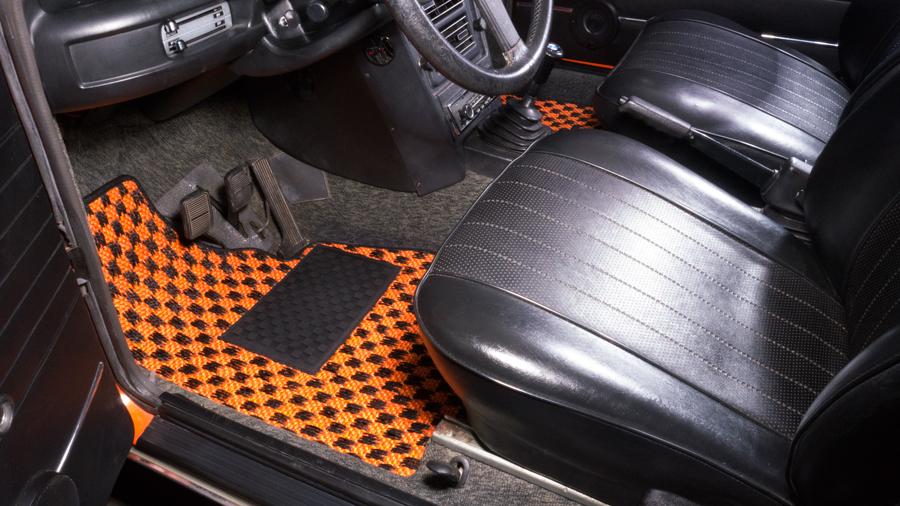 Bmw 2002 Car Floor Mats