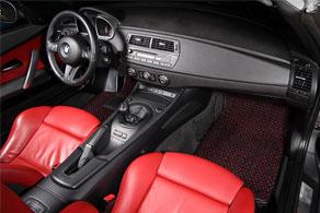 BMW Z4 M Roadster - Coco #51 Black & Red