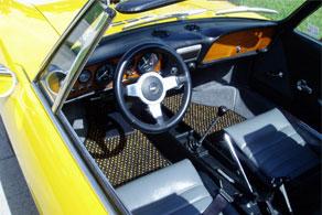 1969 Fiat 850 Spyder - Coco #52 Black & Yellow