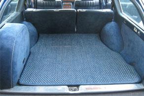 Mercedes Benz 300TD Wagon - Coco #14 Blue & White