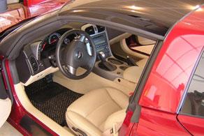 Corvette C6 - Coco #54 Black & Taupe