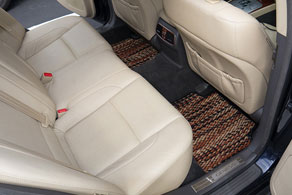 2011 Hyundai Genesis - Coco #91 Jaspe ( Calico )