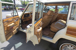 1986 Jeep Grand Wagoneer - Coco #92 Java