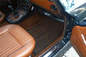 1973 Triumph Stag Convertible - Coco #57 Black & Orange