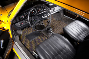 1973 Porsche 911 - Coco #52 Black & Yellow