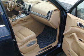 2013 Porsche Cayenne - Coco #04 Blue & Natural