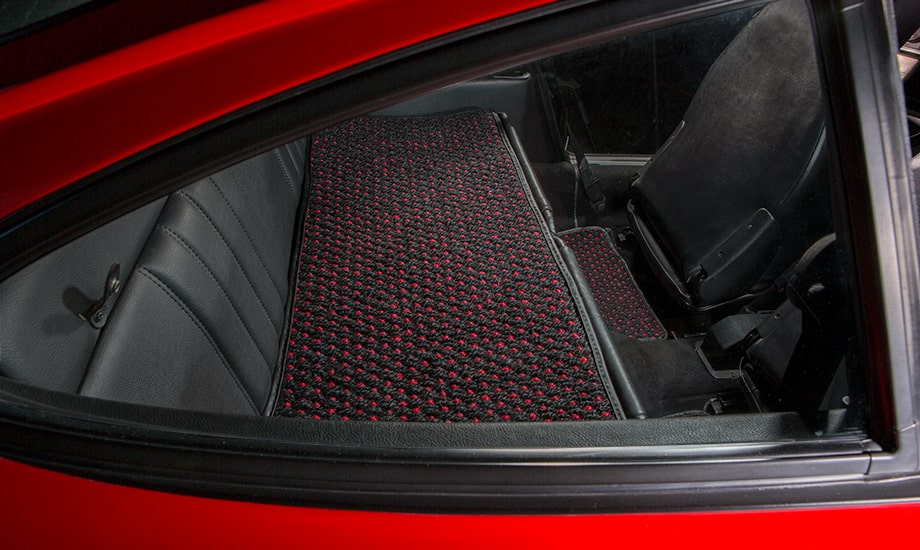 Cocomats.com Coco Mats car mats Color Black and Red Number 51 in a Porsche 911